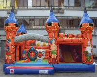 Castillo medio hinchable