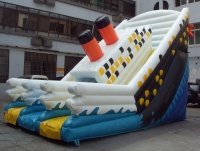 Titanic slide inflatable